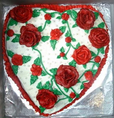 A Heart Full of Roses Cake
