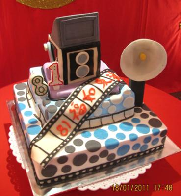 Antique Camera Birthday Cake