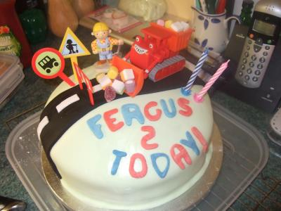 Bob The Builder Easy Peasy Birthday Cake