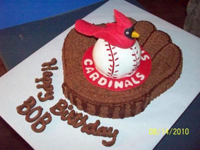 St. Louis Cardinals Cake