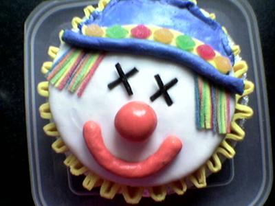 Circular Clown Cake