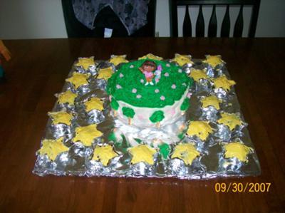 Dora Cake with Cupcakes