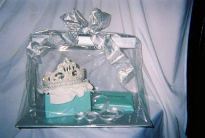Edible Tiffany Tiara and Box Cake