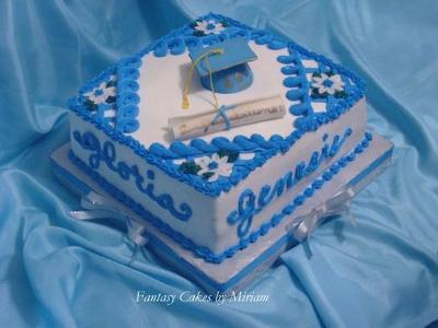 Graduation Cake for Four