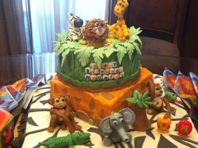 It's a Jungle Cake