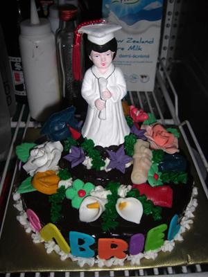 Kiddie Graduation Cake