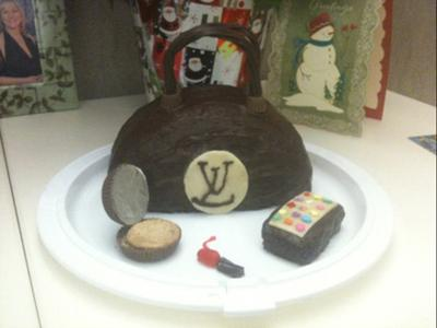 Luis Vuitton Purse Cake