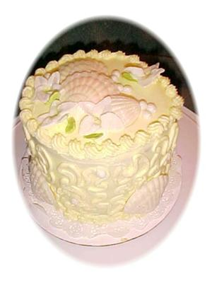 Pearls and Shells Cake