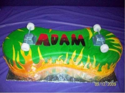 3D Skateboard Cake