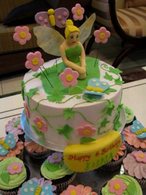 3D Tinkerbell Cake and Cupcakes