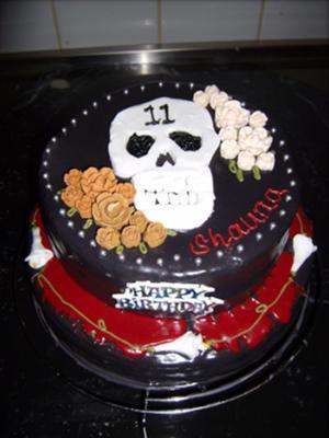 Heavy Metal Skull Cake