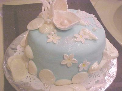 Shells and Thongs Island Cake